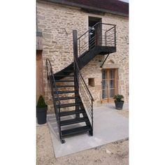 Staircase Outdoor, Patio Stairs, Garden Stairs, Exterior Stairs, House Stairs, Outside Stairs Design, Home Stairs Design, Home Building Design, Balcony Design