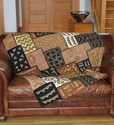 Handmade African Mud Cloth Throw Blanket - Home Decor Handmade in Africa - Swahili Modern - 2
