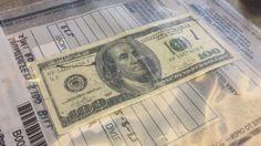 Advierten de nuevos dólares falsos (FOTOS)