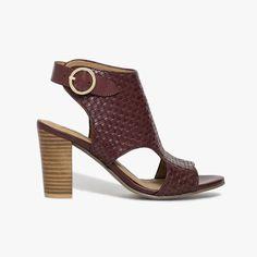 61 meilleures images du tableau Mode style   Shoe, Heels et Style 261049d6578