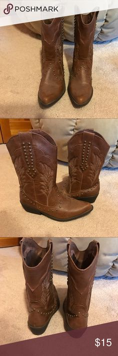 Cowboy Boots Brown cowboy boots, very cute, only worn a few times. lei Shoes