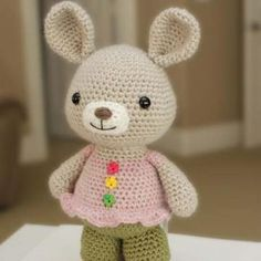 Rosie bunny amigurumi crochet pattern by Little Muggles