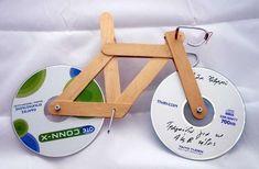 Reciclaje creativo: Fotos de diseños con CD's - Original bicicleta decorativa con CD's