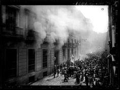 1931 - Incendio de la iglesia de San Francisco de Borja, Madrid, por Luis Ramón Marín