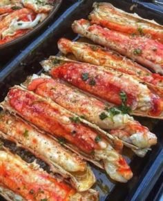 Baked Crab Legs, Grilled Crab Legs, Crab Dishes, Crab Recipes, Steak Recipes, Sauce Recipes, Seafood Dinner, Food Cravings, Gastronomia