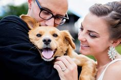 photo business. this is a guide on how you can incorporate the pets into wedding photography. A good idea to make it even more personal