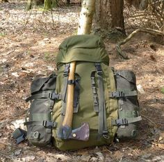 A Buscraft Camping Outfit - Equipment for Living in the Woods. -- I like this set up.
