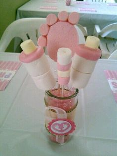 by hallie Baby Shower Centerpieces, Baby Shower Favors, Shower Party, Baby Shower Games, Baby Shower Parties, Baby Showers, Marshmallows, Mesas Para Baby Shower, Fiesta Baby Shower