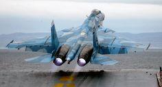 Despegue desde el portaviones ruso Almirante Kuznetsov                                                                                                                                                                                 Más