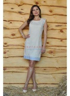 Женское платье с вышивкой <sup>(П01/21-241)</sup>