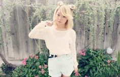 Simple spring outfit with shorts and a light sweater nice for a relaxing day<3
