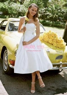 Taffeta Strapless A-line with Rhinestone/Drape Trendy Short Wedding Dress