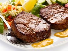 Best Ever Easy Hamburger Patty Recipe – Food: Veggie tables Simple Hamburger Patty Recipe, Beef Recipes, Cooking Recipes, Drink Recipes, Recipies, Good Food, Yummy Food, Tasty, Colombian Food