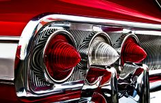 Back for more: 1960 Chevrolet retrieves the Impala triple-taillight arrangement from 1959 cats-eye purgatory. The motif, which originated with the Impala, would become the primary signifier for. Auto Retro, Retro Cars, Vintage Cars, Vintage Stuff, 1960 Chevy Impala, Chevrolet Impala, Us Cars, Sport Cars, Classic Hot Rod