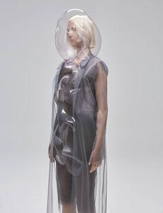 Designer Ying Gao Creates Robotic Clothing That Reacts To The Chromatic Spectrum - IGNANT