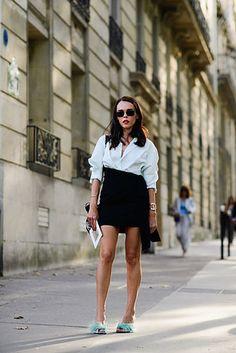 Mini falda negra, París, street style