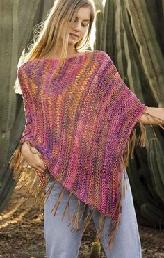 Summer poncho knitting patterns These light-weight ponchos are excellent for hotter climate in a wide range of types from beachwear to night. To get the knitting patterns, scroll dow. Free Knit Poncho Pattern, Poncho Au Crochet, Poncho Knitting Patterns, Knitted Shawls, Knit Patterns, Free Crochet, Knit Crochet, Summer Knitting, Easy Knitting