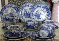 Teaset Spode blue room collection~ Girl at Well.
