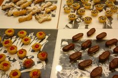 Four times the delights... Mini Tartlets & Cannolis anyone?  www.trianglecatering.com #trianglefoodies