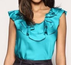 Blouse with frill overlaid on the neckline Work Tops, Nice Tops, Girls Dresses, Summer Dresses, Women's Summer Fashion, Mode Style, Latest Fashion Trends, Blouses For Women, Tankini