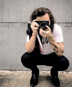This is a source about Harry Styles, Niall Horan, Liam Payne and Louis Tomlinson. You'll find pictures and videos of their candids, events and concerts. Zayn Malik, Niall Horan, Liam Payne, Louis Tomlinson, Harry Styles Mode, Harry Edward Styles, Harry Styles Style, Larry Stylinson, Louis E Harry