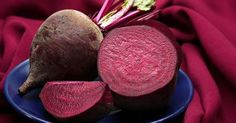 Since ancient times, people have commonly used beetroot as a healthy food that can treat various health issues. The ancient Romans and Greeks consumed beetroot to treat diseases and various health conditions, such as lowering Beetroot Recipes, Nutrition, Food Facts, Detox Drinks, Health Problems, Health Benefits, The Cure, Vitamins, Healthy Living