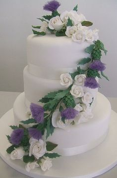 Scottish flowers (sugar flowers) integrated into the cake design Scottish Wedding Themes, Scottish Wedding Traditions, Scottish Weddings, Scottish Flowers, Scottish Thistle, Themed Wedding Cakes, Themed Cakes, Celtic Wedding, Irish Wedding