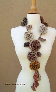 Rose Garden Lariat-Natural