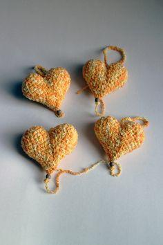 Srdiečko – žlté - srdiečko uhačkované z bavlny a vyplnené dutým vláknom. Ozdobené dreveným korálikom.  Vhodné ako dekorácia na zavesenie. Crochet Earrings, Jewelry, Fashion, Moda, Jewlery, Jewerly, Fashion Styles, Schmuck, Jewels