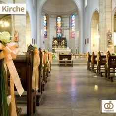 Die Eheschließung in der Kirche ist in Deutschland kein Muss, gehört für uns aber zu einer perfekten Hochzeit dazu. Habt ihr kirchlich geheiratet oder würdet ihr es tun?