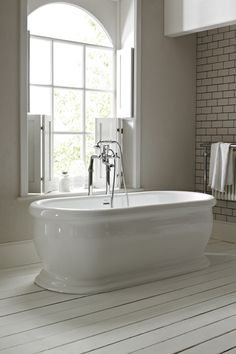 The New Victoria freestanding roll top bath measures H580mm, W640mm and L1600mm. Prices start at £1,650.