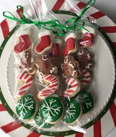 Items similar to Christmas Sugar Cookie Gift / party favor / Christmas cookies / Christmas Party / mini cookies / Christmas gift / stocking stuffer/ cookies on Etsy Christmas Cookies Gift, Cheap Christmas Gifts, Christmas Favors, Christmas Gift Baskets, Christmas Party Food, Homemade Christmas Gifts, Christmas Treats, Christmas Diy, Christmas Recipes
