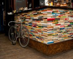 Resort Cafe Warsaw (by Katarzyna Majgier) - This cafe has recycled books to form a cafe bar! very nice !