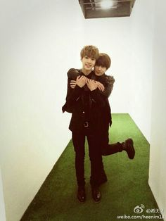 Henry & Heechul I know I've pinned this before, but this picture is so freaking precious. Seriously.