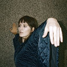 Very excited that Cate Le Bon is coming back with her new album, the brilliantly titled Crab Day