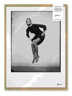 """Làmina de l'exposició """"Sorprèn-me! Fotografies de Philippe Halsman"""", representant a Grace Kelly."""