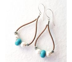 Hey, I found this really awesome Etsy listing at https://www.etsy.com/listing/183725238/leather-turquoise-freshwater-pearl