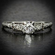 0.54ct ORIGINAL VINTAGE F VS1 OLD MINE CUT DIAMOND ENGAGEMENT RING ANTIQUE 18K