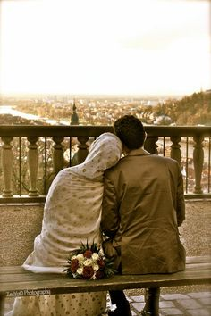 """Tell your husband you love him, many, many times. Aisha (رضالله عنها) narrated that the Prophet (صلي الله عليه وسلم) used to ask her how strong her love for him, she said like """"a knot."""" And the next time he would ask her, """"How is that knot?"""" He also used to reply to her saying, """"Jazzakillah, O Aishah, wallahi, you have not rejoiced in me as I have rejoiced in you."""""""