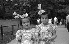 Polka Dot Twins, 1952. Photo Lee Friedlander.