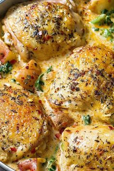 Healthy Meals for Family Dinner One Pan Chicken and Potatoes with Garlic Parmesan Spinach Cream SauceOne Pan Chicken and Potatoes with Garlic Parmesan Spinach Cream Sauce One Pot Meals, Easy Meals, Healthy Dinner Recipes, Cooking Recipes, Sauce Recipes, Cooking Corn, Chicken Potatoes, Healthy Family Meals, Baked Chicken Recipes