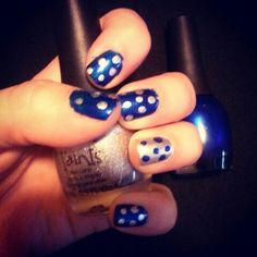 Simple polka dots, easy to do and super cute!