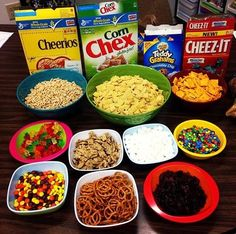 100th Day of School Trail Mix freebie (link in blog)