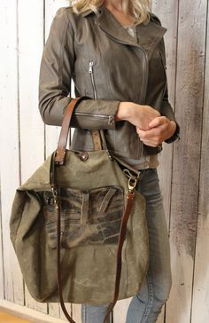 "Handmade Italian Vintage Leather Tote & Vintage fabric ""BANG Bag 2 "" di LaSellerieLimited su Etsy"