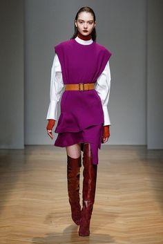 Purple asymmetrical dress on white puffed shirt for AquilanoRimondi FW2017-18 collection.