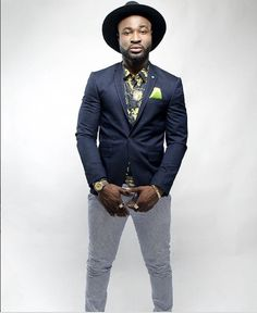 Harrysong and his crew had a serious accident along Onitsha expressway. The good news is that everyone is fine. He shared a picture on his Instagram