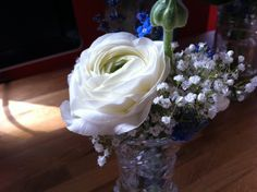 Bridesmaid bouquet - Ranunculus, Gypsophila and Muscari