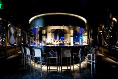 Výsledek obrázku pro round bar restaurant