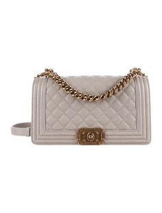 Caviar Medium Boy Bag. Chanel ... c7e8e1374e00f