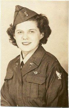 2nd Lt. Clemetta Evenson - Flight Nurse 814th Medical Air Evacuation Transport Squadron (MAETS) ~ Air Force Nurse, Flight Nurse, Brave Women, Vintage Medical, Female Soldier, Military Women, Women In History, Dieselpunk, American Women